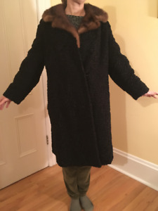 Vintage Persian and sable (?) women's Coat