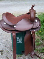 16 in WESTERN SYNTHETIC SADDLE
