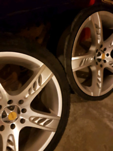 Set of 4 rims with 3 tires