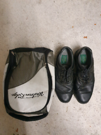 Foot joy Golf shoes with carry bag