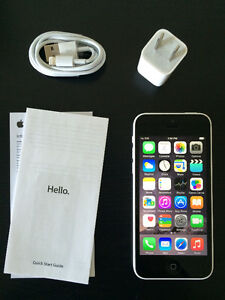 White iPhone 5c,16gb Brand New Condition. FACTORY UNLOCKED