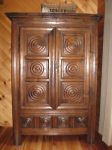Armoire ancienne
