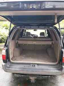 1999 Toyota 4Runner SR5 Limited, suv North Shore Greater Vancouver Area image 6