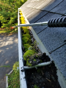 Dirty Eaves Gutters Siding Decks & Outdoor Heat Pump Cleaning