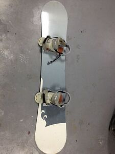 Snowboard 24/seven w/bindings and bag Strathcona County Edmonton Area image 1