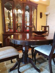 Dining Set Table Chairs And Credenza