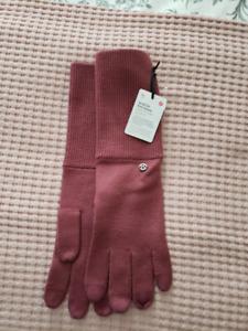 Size M/L Lululemon Scroll On Knit Glove