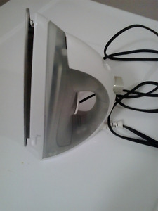 Steam iron in new condition