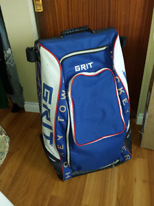 Grit Stand Up Hockey Bag with Wheels