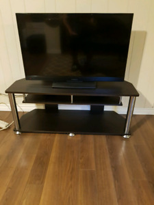 """40"""" insignia flat screen with stand"""