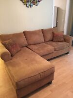 Selling our sofa for 300$