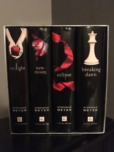 Twilight 4 Book Hardcover Box Series