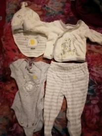 5 piece newborn unisex set