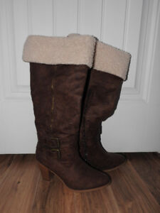Women's tall brown boots (worn only once!) - fits size 8 - 8.5
