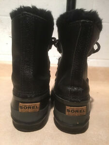 Women's Sorel Leather Winter Boots Size 5 London Ontario image 3