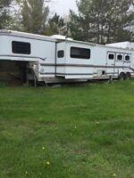 Sundowner living quarter trailer