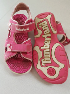 11t Timberland sandals