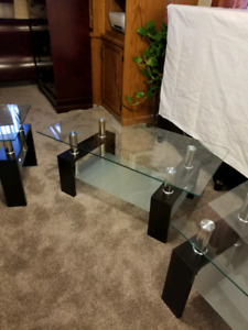 Coffee and End Tables  Great Condition