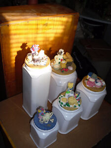Kitchen Canister Set Cornwall Ontario image 1