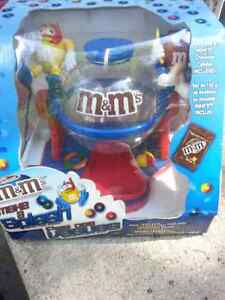 M&M's dispensers Stratford Kitchener Area image 5