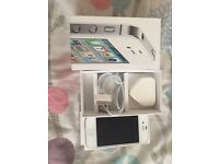 iPhone 4s on Vodafone16GB very good condition call or text me thanks