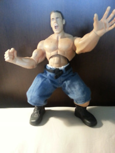 WWE   ..   JOHN  CENA   ..   ACTION  FIGURE