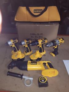 Dewalt Multi Tool Kit