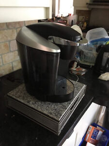 Keurig coffee maker with pod tray 80 obo