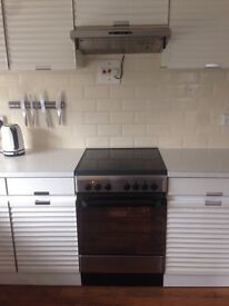 Indesit freestanding cooker and hob