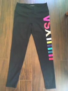 M Under Armour and PINK leggings