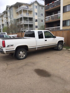 1998 Chevy Z 71 .  Great truck