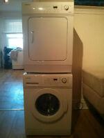 Laveuse/Sécheuse Frontale...Front Loading Washer/Dryer