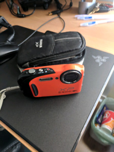 Water/shock proof Fujifilm XP camera like new