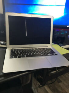 MacBook Air i7 (13-inch, Early 2015) Mint Condition