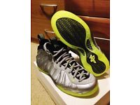 Nike air foamposite bolt green size 7.5