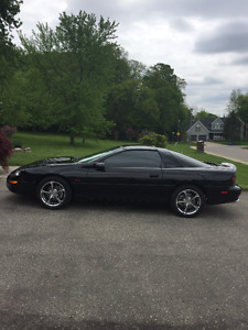 2002 Chevrolet Camaro Coupe (2 door)