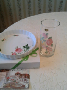 ROSE  DISH AND   VASE