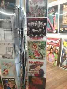Movie posters,  titanic posters, sports memorabilia & 600 booths Kitchener / Waterloo Kitchener Area image 3
