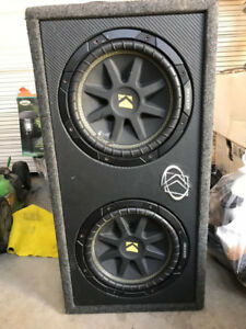 "Kicker Dual 10"" 10DC102 Subwoofer and Kicker CX300.1 AMP"