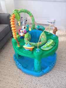 Baby-Exersaucer-Jungle theme Downtown-West End Greater Vancouver Area image 1