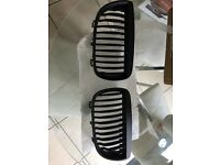 BMW e87 mat black kidney grills