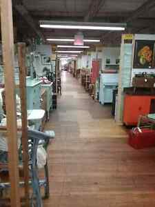 Shop Canada's largest antique mall 600 booths to browse  Stratford Kitchener Area image 8