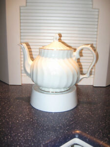 SHOCKING WHITE VINTAGE CHINA TEA POT with POPULAR SWIRL PATTERN