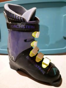 Ski boot size 7-9 $30