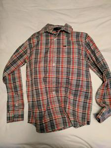 Four men's button up shirts (Ben Sherman, The Gap, Hurley)