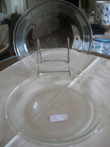PAIR of ANCHOR-HOCKING FIRE KING 9-inch PIE PLATES