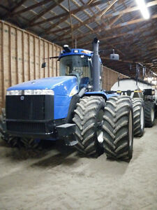 New Holland T9050 Tractor 4WD