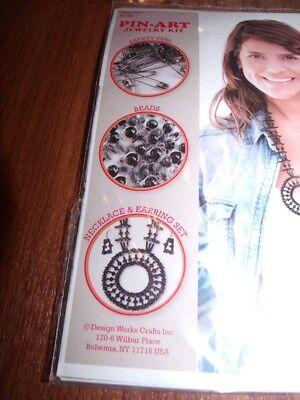 Design Works MIDNIGHT Necklace & Earrings Kit Pin-Art