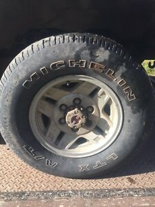 235-75-15 michelin all terrains