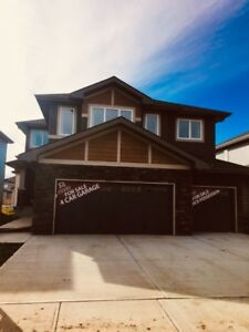 Gorgeous 2695 Sq.ft  Single Home with a 4 Car Garage in Beaumont